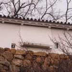 土塀の石落し城外側